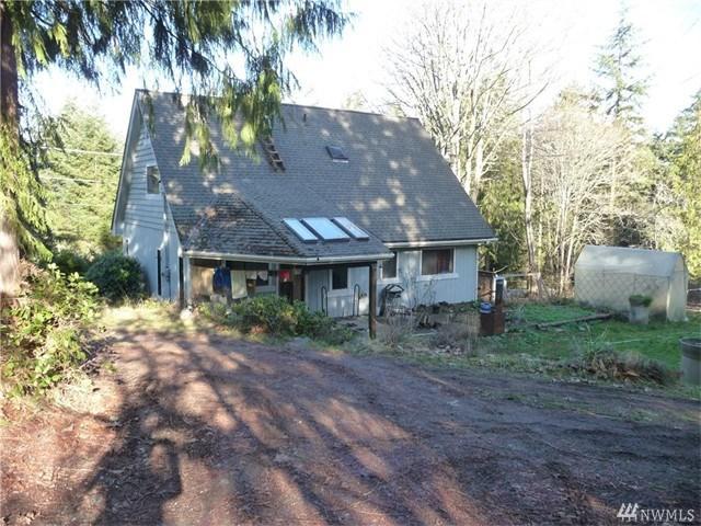11 Lochow Rd, Sequim WA 98382