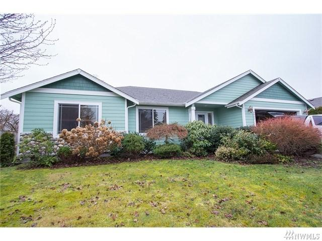 8832 Eagle Point Loop Rd, Lakewood WA 98498