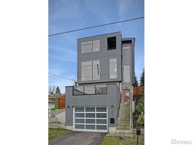9245 9th Ave, Seattle, WA