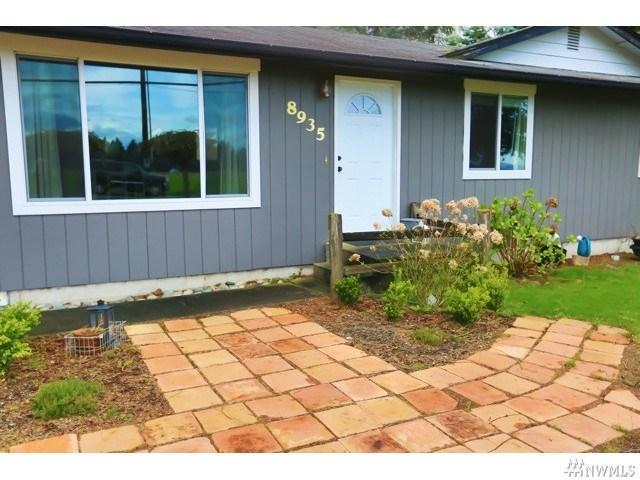 8935 Northwood Rd, Lynden WA 98264