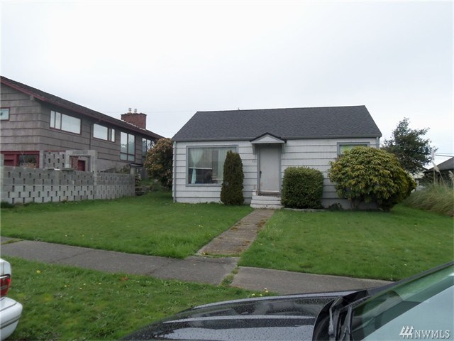 835 W 5th St, Port Angeles, WA