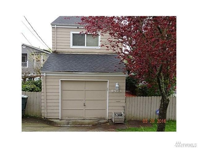 8435 Grattan Pl, Seattle, WA