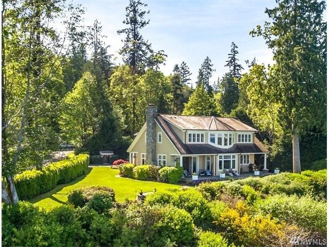 11162 NE Country Club Rd, Bainbridge Island, WA