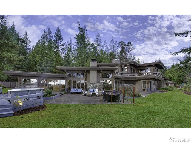 494 Hunt Rd, Port Angeles, WA