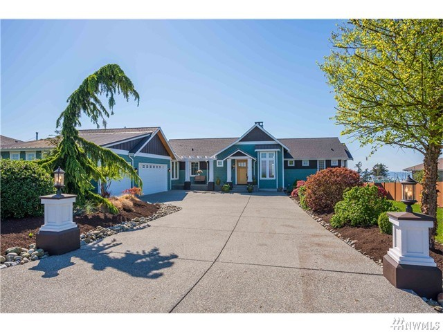 483 Brentwood Dr, Camano Island, WA