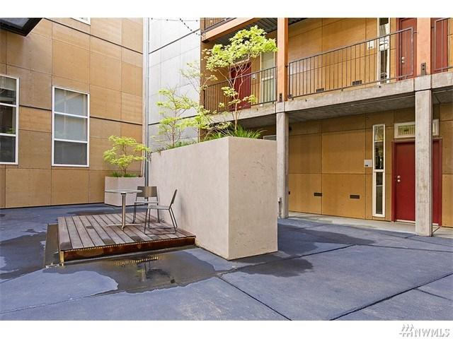 66 Bell St #APT 15, Seattle WA 98121