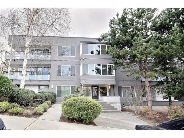 2000 W Barrett St #APT 305, Seattle WA 98199