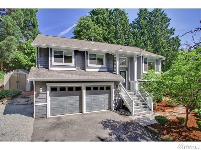 10527 Densmore Ave, Seattle WA 98133