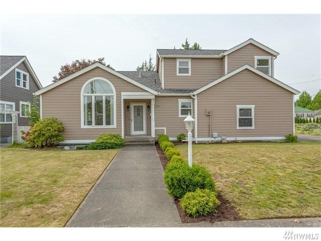 211 British Columbia Ave, Lynden WA 98264