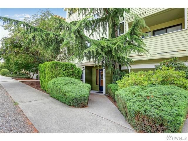 8816 Nesbit Ave #202 Seattle, WA 98103