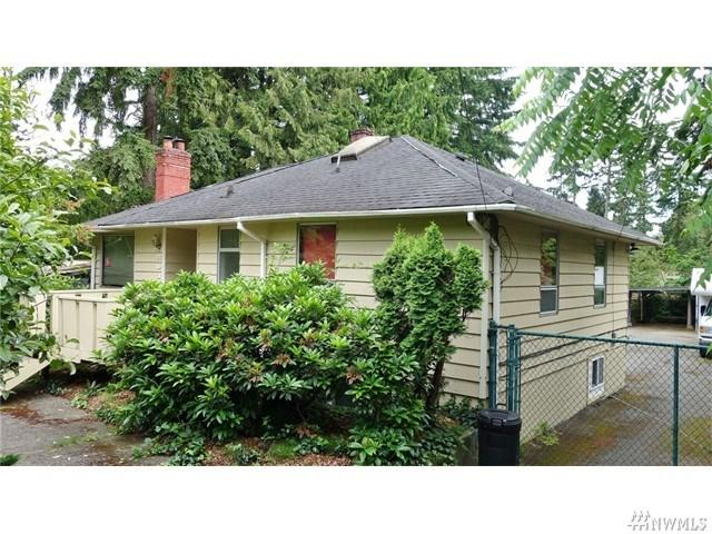 2033 NE 113th St Seattle, WA 98125