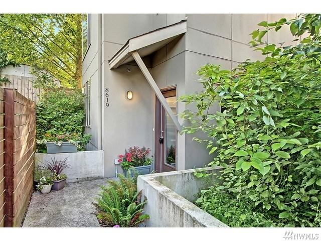 8619 23rd Ave Seattle, WA 98115