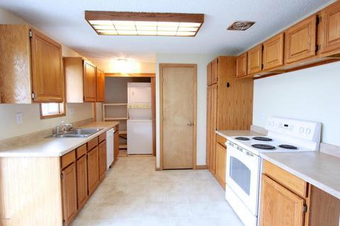 Kitchen Cabinets Yakima Wa 7807 occidental rd, yakima, wa 98903 mls# 17-2440 - movoto