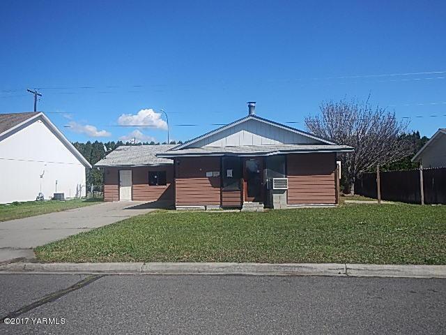 1605 Valley West AveYakima, WA 98908
