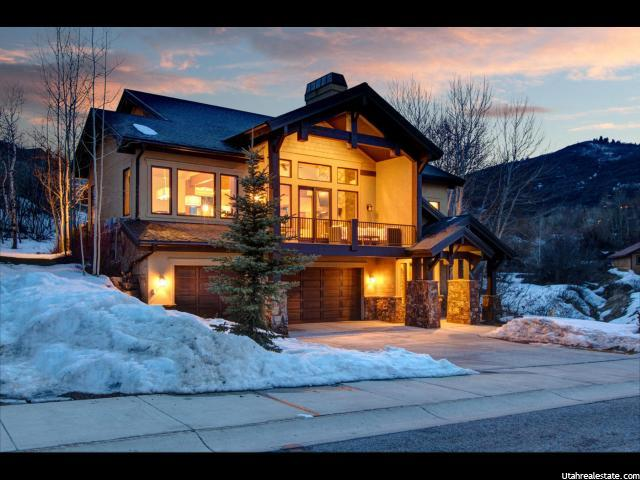 4324 Jeremy Woods Dr #APT 9, Park City UT 84098