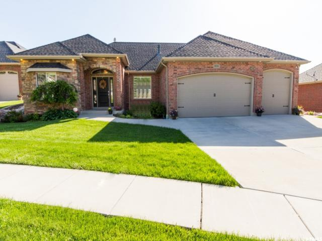 5531 S Chokecherry Ct Ogden, UT 84403