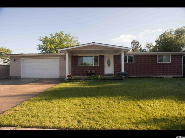 3893 W Meadowgate Dr West Valley City, UT 84120