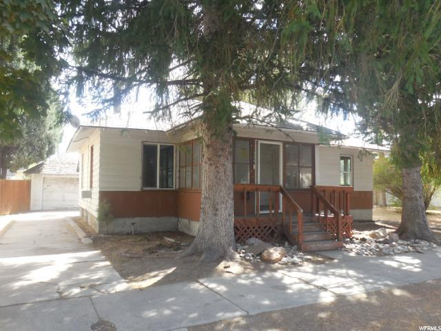 328 S Birch St, Blackfoot, ID 83221