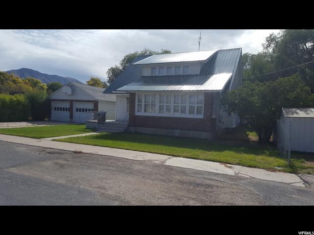 77 Wass Ave, Malad City, ID 83252