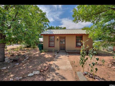 Surprising 102 Moab Homes For Sale Moab Ut Real Estate Movoto Home Interior And Landscaping Spoatsignezvosmurscom