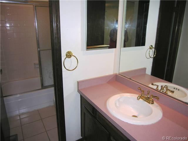 9256 W Geddes Place PL, Littleton CO 80128