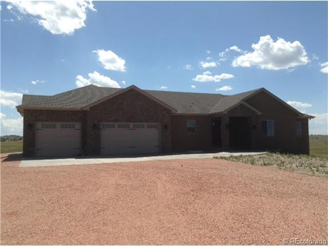 7667 Summer Cir, Elizabeth, CO 80107
