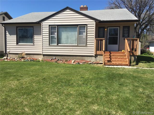 614 Columbine St, Sterling, CO