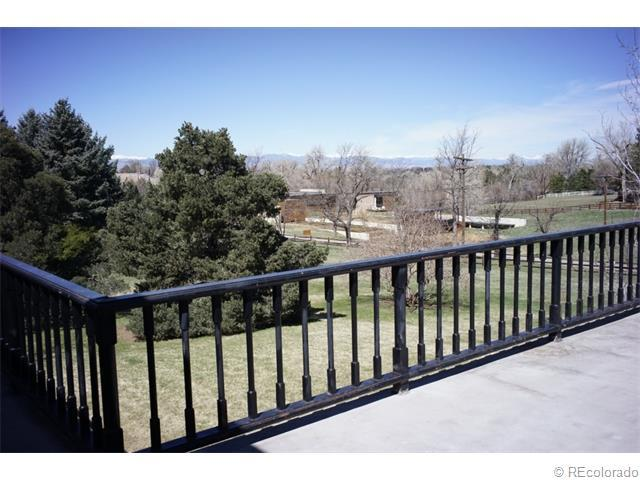 17 Carriage Ln, Littleton, CO