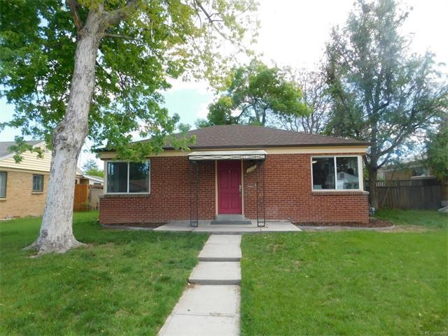 2210 Roslyn St, Denver, CO