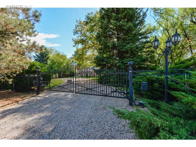 733 Country Club Rd, Fort Collins, CO