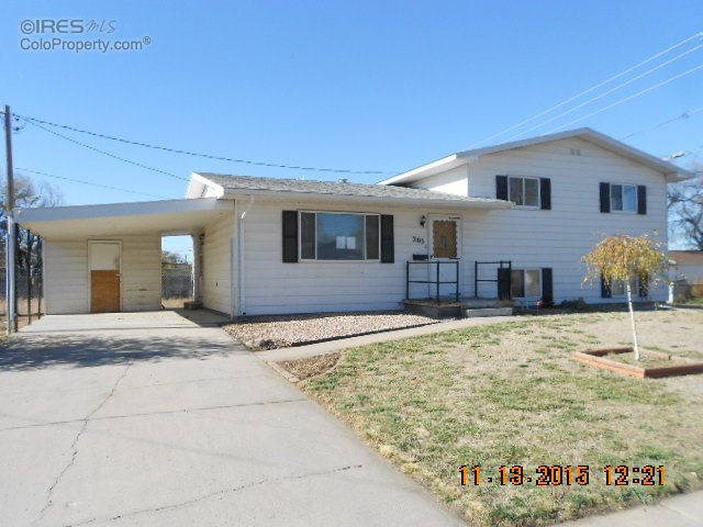 205 N 2nd Ave, Sterling, CO