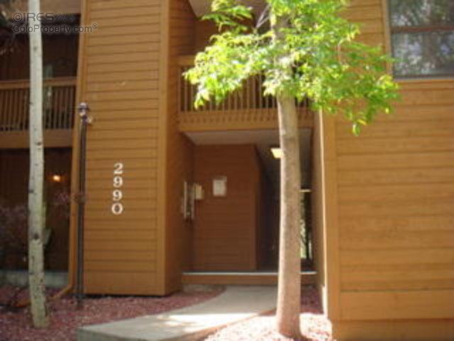 2990 Shadow Creek Dr M-106 #APT M-106, Boulder CO 80303