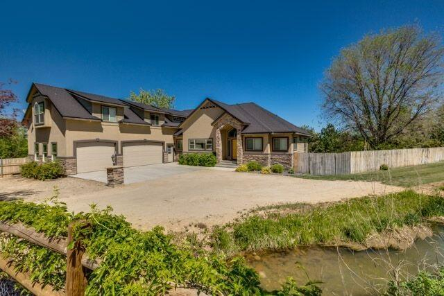 7100 S Valley Hts, Boise, ID 83709