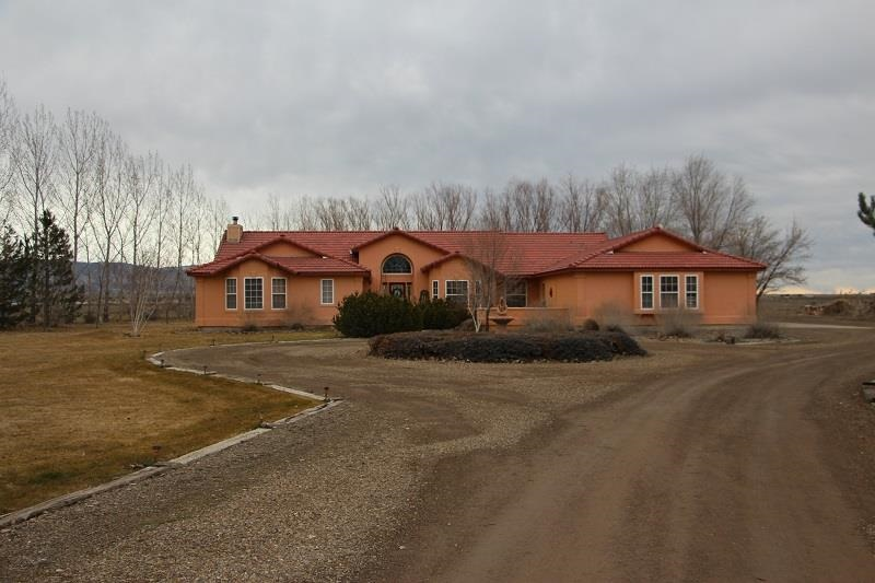 6400 S 18 E, Mountain Home, ID 83647