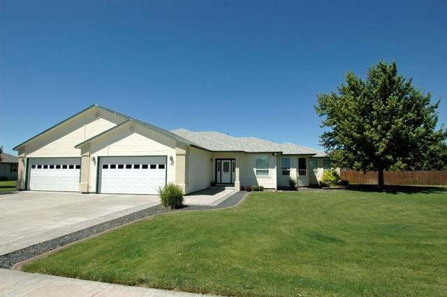 2065 N Haskett, Mountain Home, ID 83647