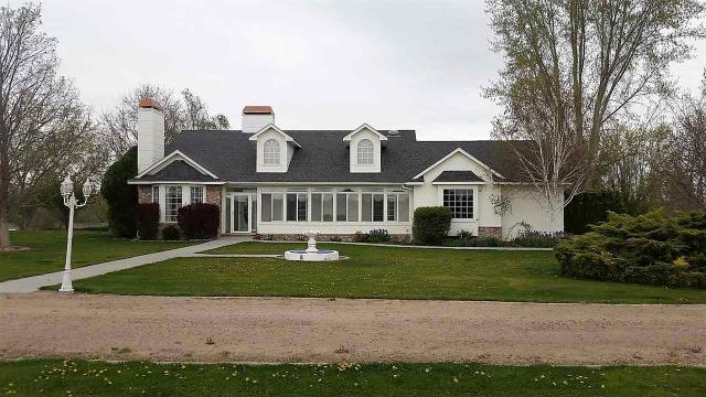 1624 River Rd, Homedale, ID 83628