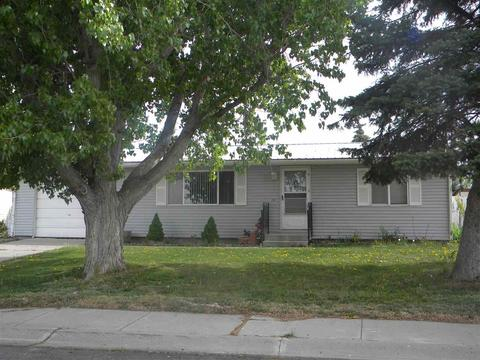204 6th Ave S, Buhl, ID 83316
