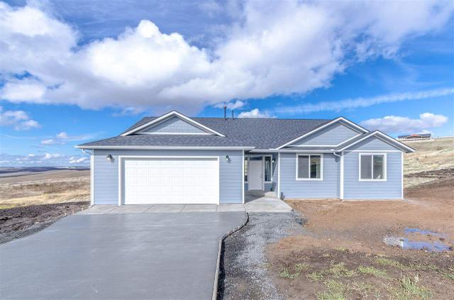 1001 Skyview Loop, Moscow, ID 83843
