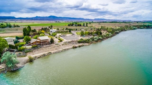 11800 Snake River Bb Ln, Melba, ID 83641