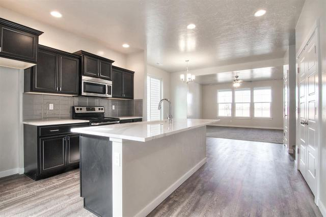 3730 N Anfield Ave, Meridian, ID 83646