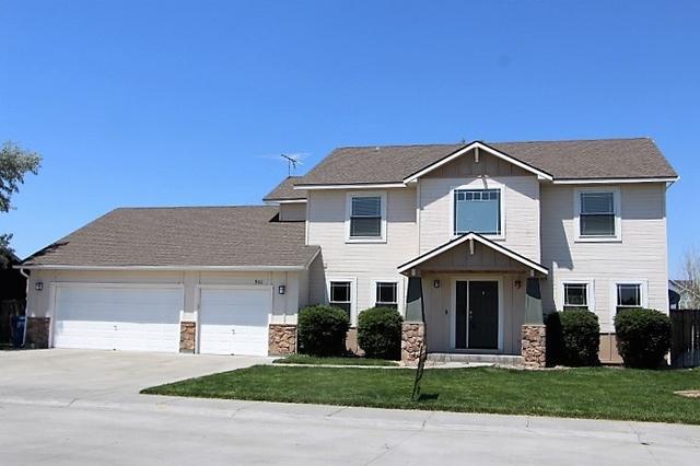 902 NE Tanager, Mountain Home, ID 83647
