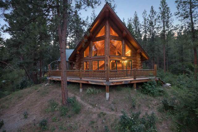 50 Yellow Pine Ln, Boise, ID 83716