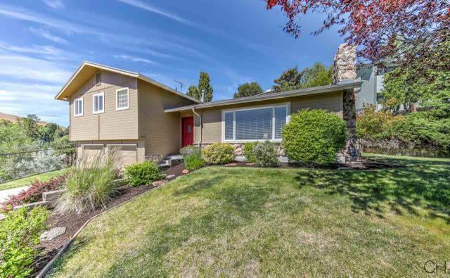 2109 W Hillway Dr, Boise, ID 83702