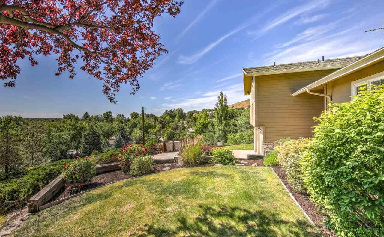 2109 W Hillway Drive, Boise, ID 83702