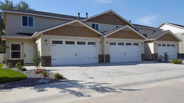 2044 W Pine Ave, Meridian, ID 83642