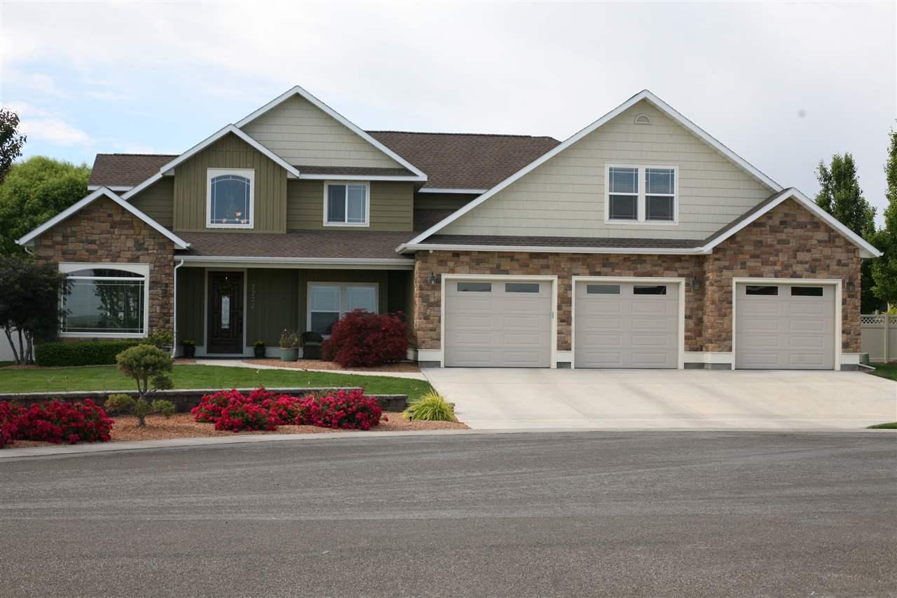 2222 Candleridge East Circle, Twin Falls, ID 83301