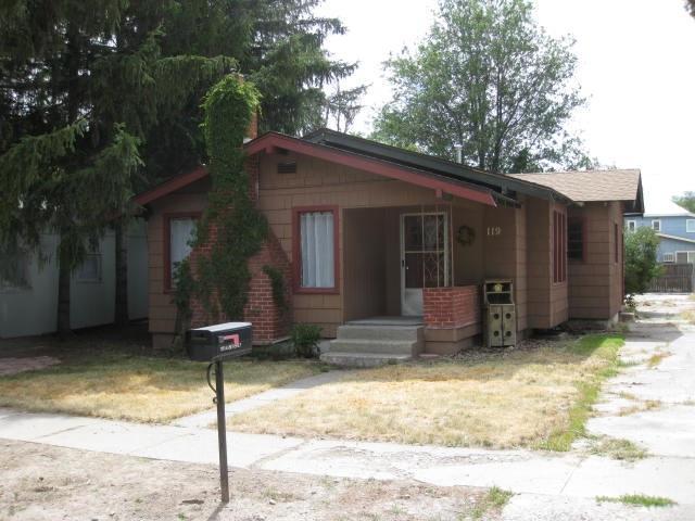 119 N Beverly St, Shoshone, ID 83352