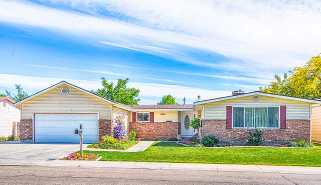8265 W Valley View Dr, Boise, ID 83704