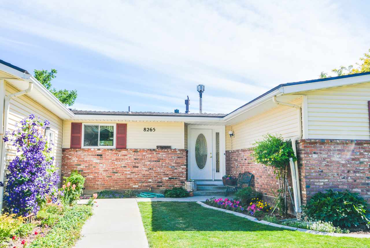 8265 W Valley View Drive, Boise, ID 83704