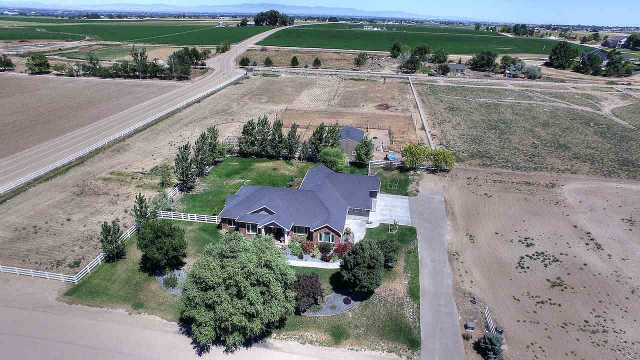 17446 S Sunnydale Place, Caldwell, ID 83607